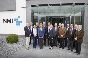 Die Teilnehmer des BioHyMed Kick-off-Meetings am NMI in Reutlingen am 3. April 2017 (Bildquelle: BioRegio STERN/Anne Faden)